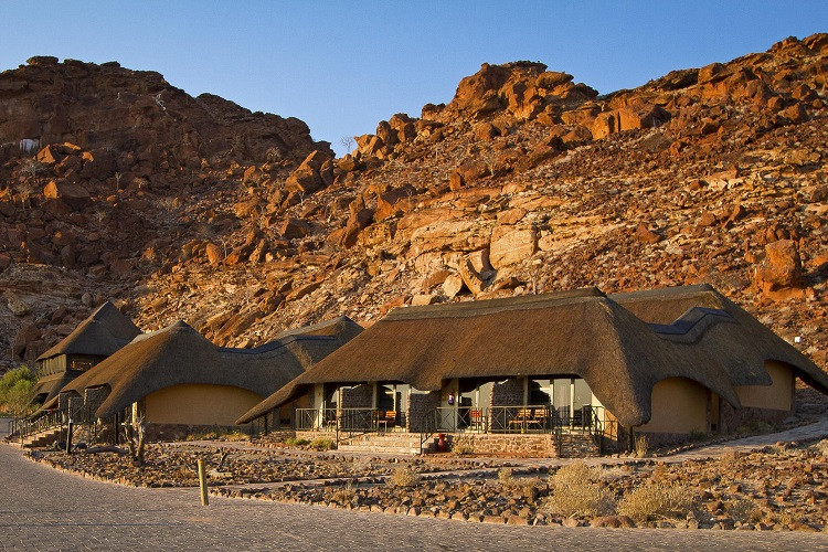 Twyfelfontein country lodge - external view main lodge