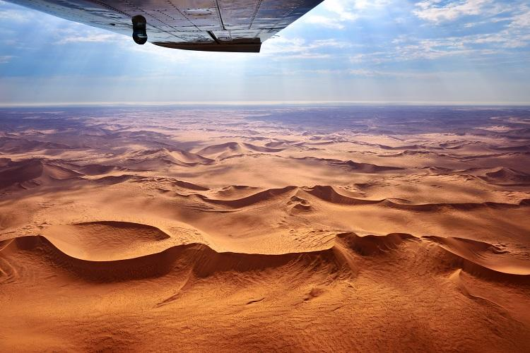 Fly-in safari: Namibian Highlights