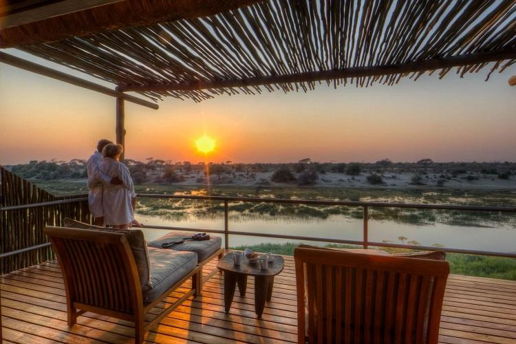Botswana & Victoria Falls fly-in safari: a romantic escape in charming lodges